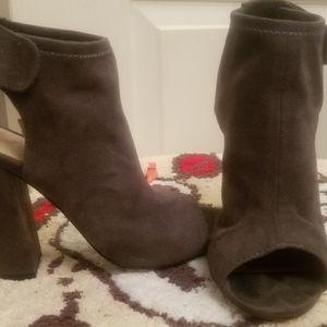 Ladies peep-toe high heels